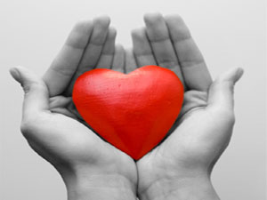 https://swimthedeepend.files.wordpress.com/2012/07/f3371-heart-in-hands-thumbnail.jpg
